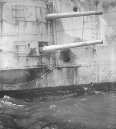 Colpi sul HMS Kent con l'SMS Nürnberg