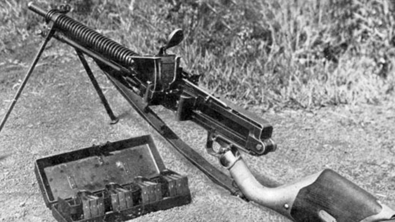 BACK TO THE DRAWING BOARD – Type 11 light machine-gun – Military