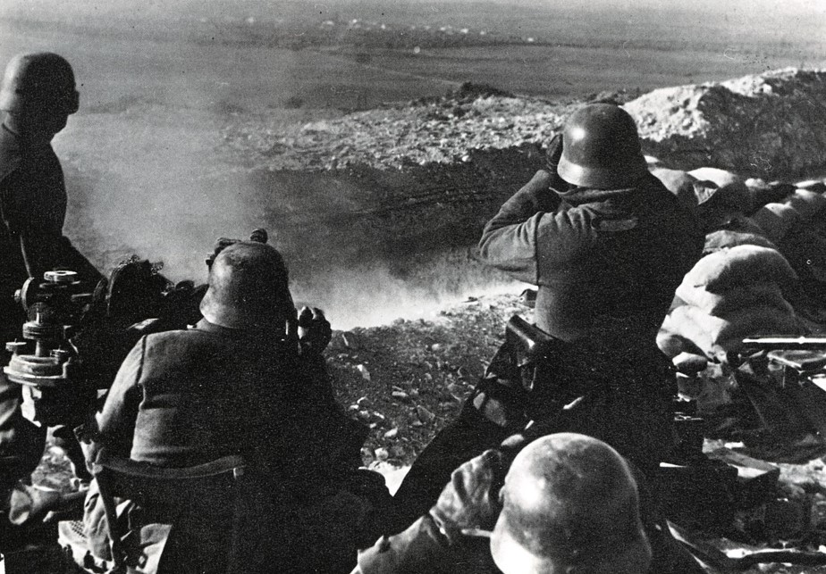 Nationalist troops in a position overlooking Madrid in early 1939.