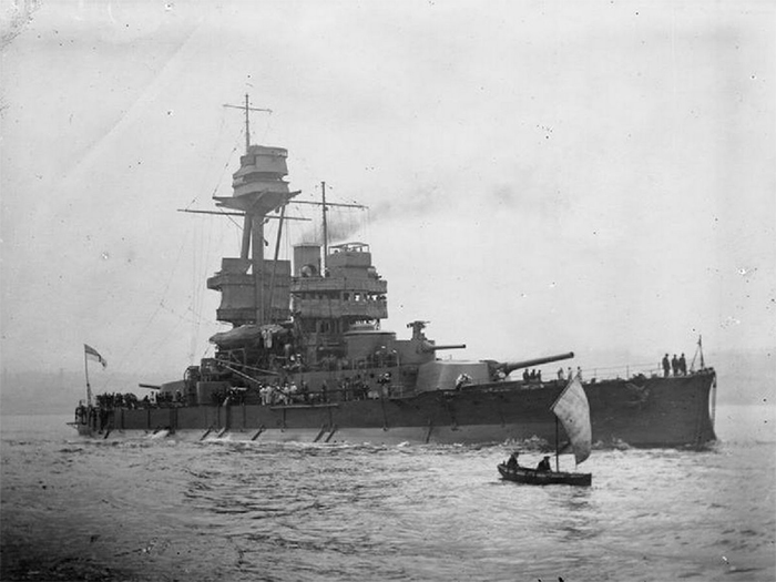 HMS Glatton in 1918. After a fire on board, inspectors made a shocking discovery about her magazine's insulation.