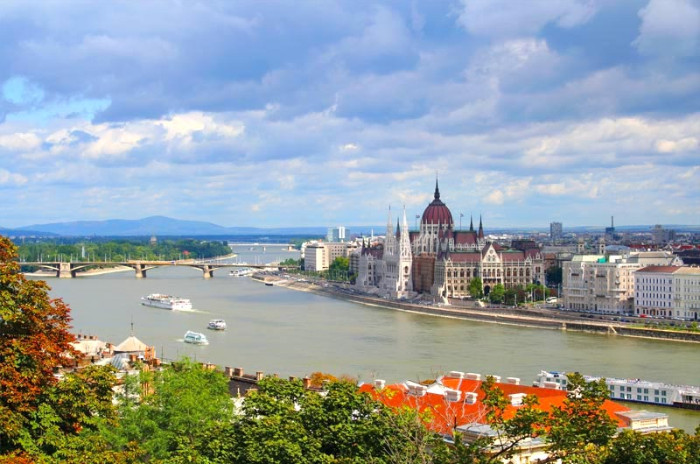 Military Discounts on all River Cruises Budapest On The Danube