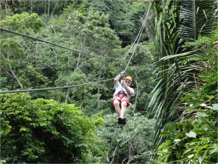 shore excursions Roatan Zip Line