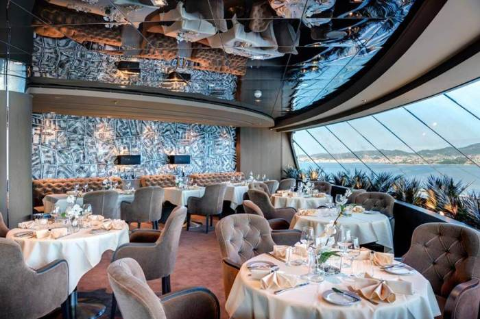 Yachtclubdiningroom4