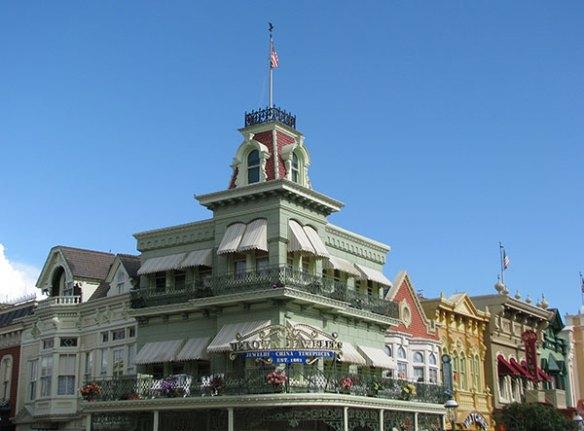 MK-Town-Square-Flag