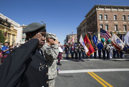 Universal Orlando Resort celebrated Veterans Day with a special in-park parade featuring its Veteran Network