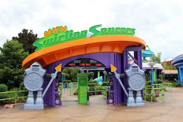 Toy Story Land Alien Swirling Saucers
