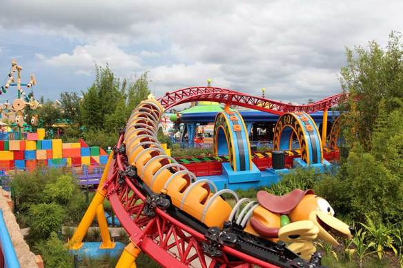 Toy Story Land Slinky Dog Dash
