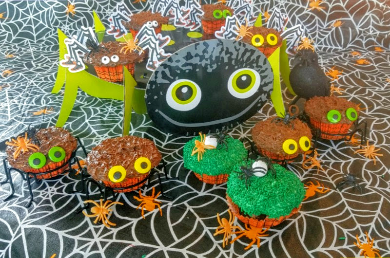 How to make easy Creepy Crawly Cupcakes in under 1 hour!