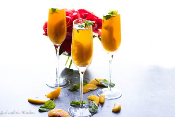 This is a list of The Best 30 Mocktail Recipes Ever! Recipes for mocktails, non alcoholic drinks, alcoholic drinks, for your next party or event. Party drink recipes that are delicious!