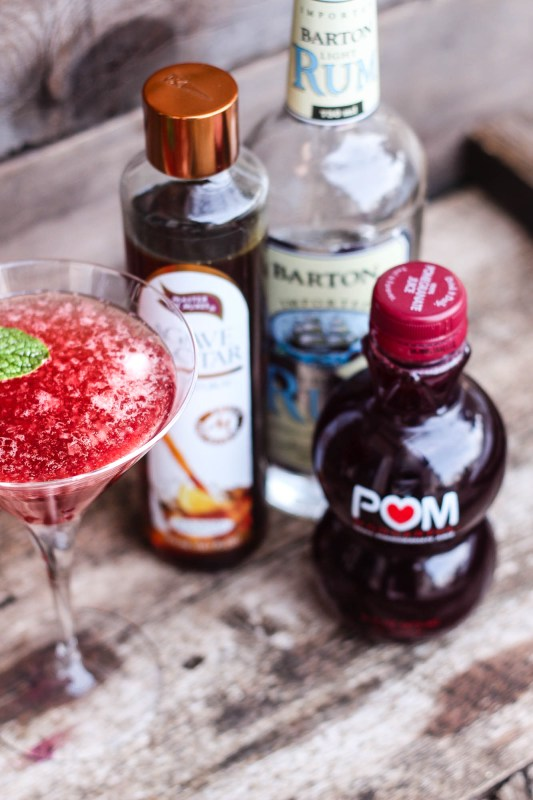 Recipe: How to Make Pomegranate Agave Martini. You can make this drink during any time of the year and it will be just as delicious! This drink is perfect for that hot Summer week or to cozy up and watch a Hallmark Holiday movie, try it, love it, make it a party! #Holidaydrink #Partydrinks #drinkrecipe