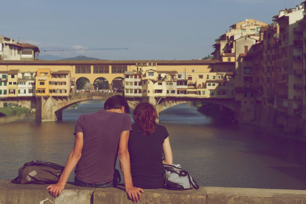 11 Common Problems In Long Distance Relationships (And How To Fix Them)