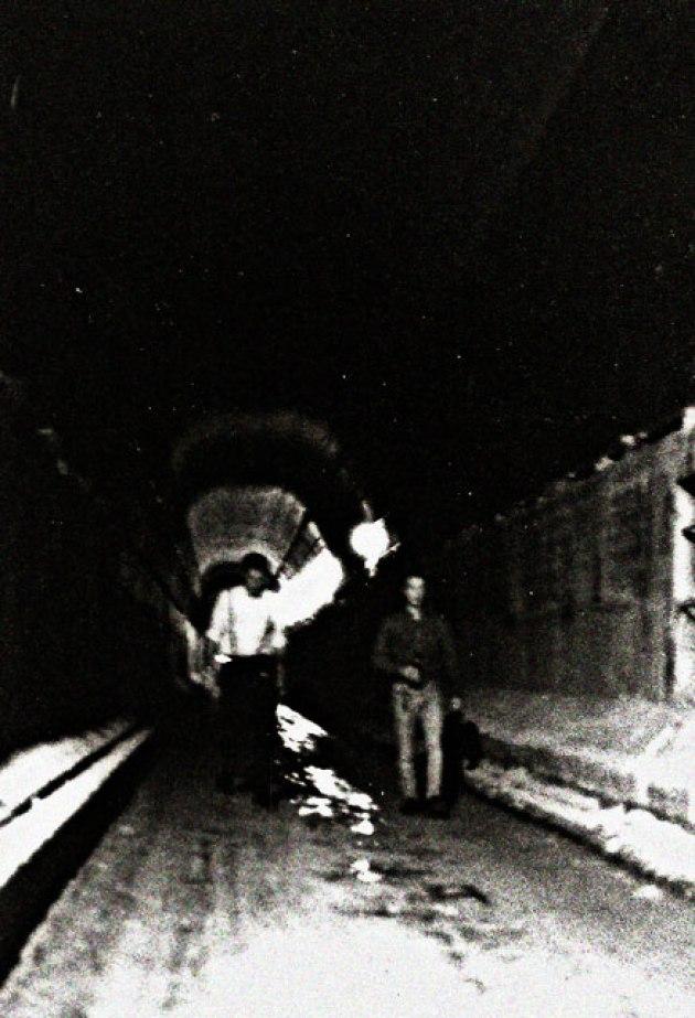 skinhead-tunnel-93b