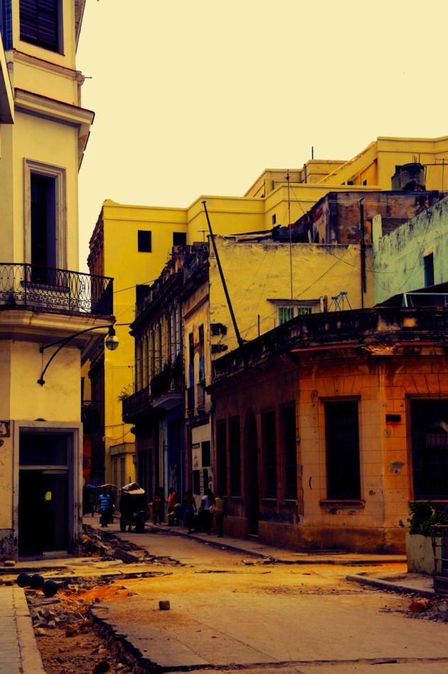 Old-Havana-Construction
