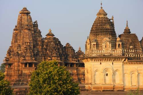 Alcuni templi a Khajuraho, India. Foto di Marco Restelli