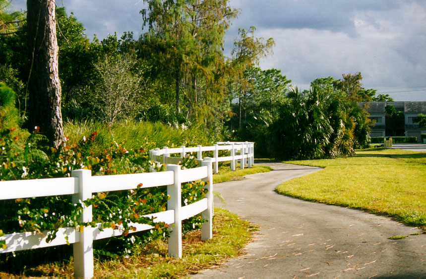 sandy-ridge-park-path-walk