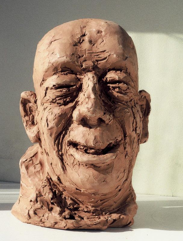 The mocking man, terracotta (unique piece), (39 x 26 x 19 cm)