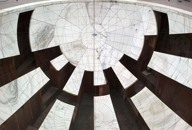 A Solar Observatory in  Marble
