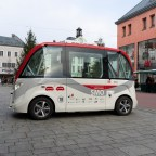 Self-driving cars and commercial use of public streets