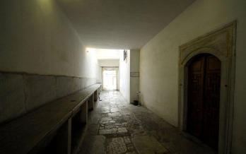 Topkapı-Sarayı-Cariyeler-Koridoru