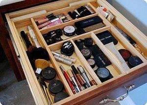 Organize Makeup