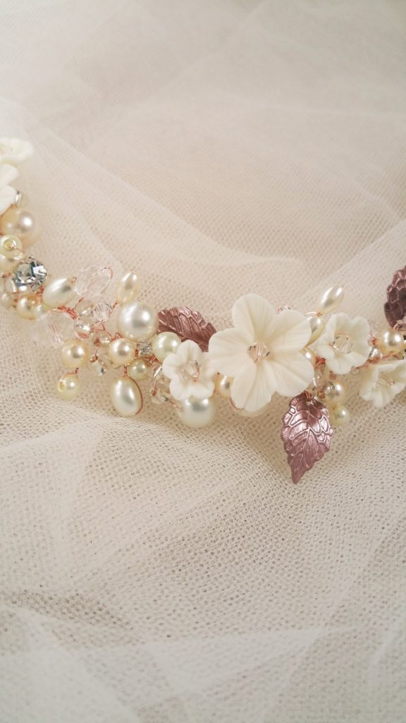 ivory and rose gold flower hair accessory