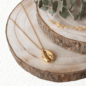 collar concha dorada