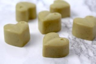 white-chocolate-hearts