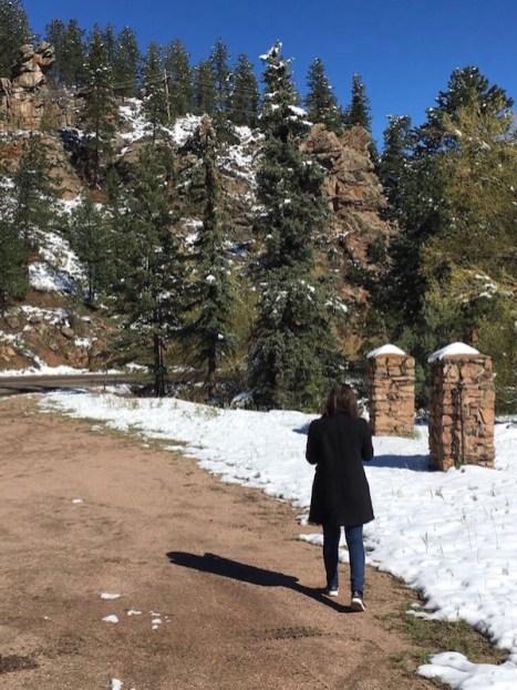 Colorado-Road-Trip-Tourist