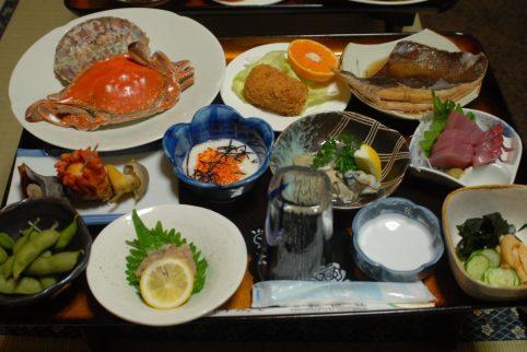 松波荘の夕食