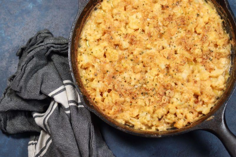 Cauliflower Mac n Cheese Recipe | The easiest and most delicious #keto and #lowcarb Cauliflower Mac n cheese recipe | mincerepublic.com