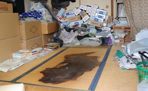 ゴミ屋敷での孤独死の遺品整理と特殊清掃(埼玉県草加市)