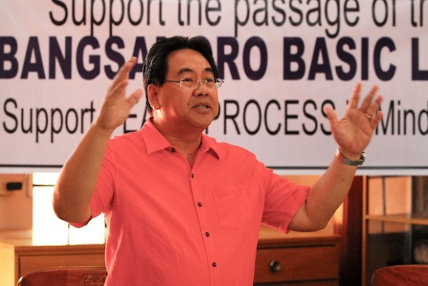 BBL POSITION. Rep. Rufus Rodriguez ( 2nd district, Cagayan de Oro), chair of the House of Representatives'  Ad Hoc Committee on the  Bangsamoro Basic Law,  explains his position on the proposed law before NGOs and civil society groups  at the Archbishop's Residence in Cagayan de Oro City on April 11, 2015. MindaNews photo by Froilan Gallardo