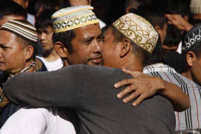 Marawi marks Eid'l Fitr day ahead of date set by Darul Ifta