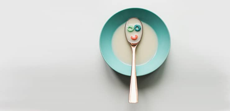 Cereal bowl with spoon