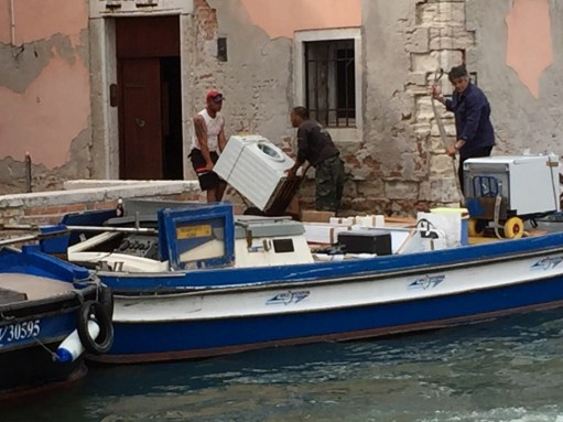 Venice: Delivering a washing machine