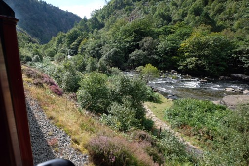 Great Little Trains of Wales: Aberglaslyn Gorge. Voted by National Trust members as their favourite view in Britain.