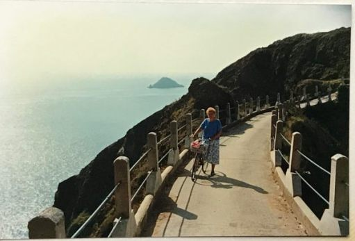 Good Thinking: The causeway to Little Sark