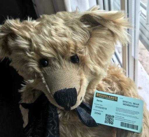 Rollys-Royce: Special Bear Membership.