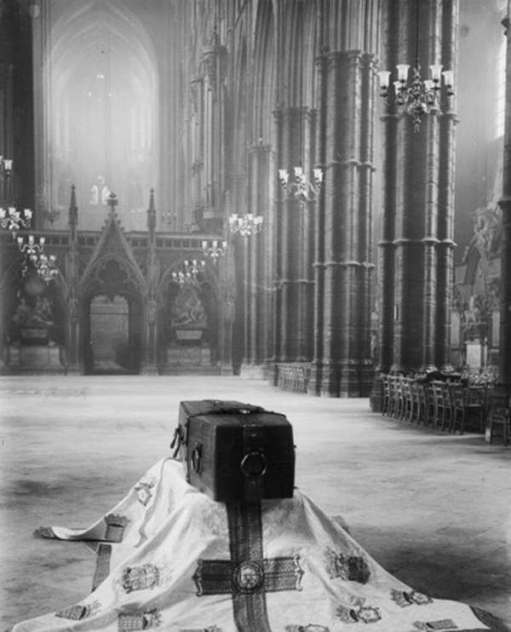 Remembrance Day: The Unknown Warrior before reburial in the Abbey