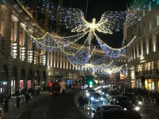 Christmas: Regent Street from the top of a No 139 red double decker London bus.