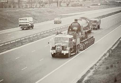 30506 on a low-loader on a very quiet motorway heading to Hampshire.