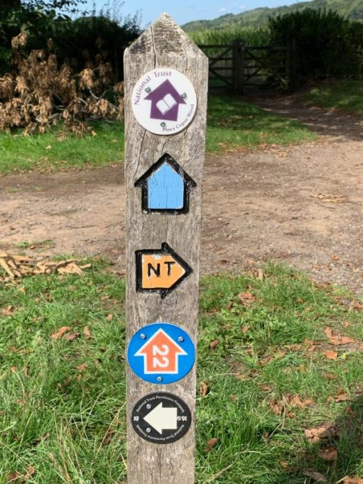 Waymarker Post showing the NT walk and National Cycle Route 22.