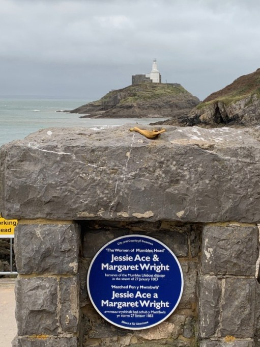 Mumbles lighthouse and memorial.