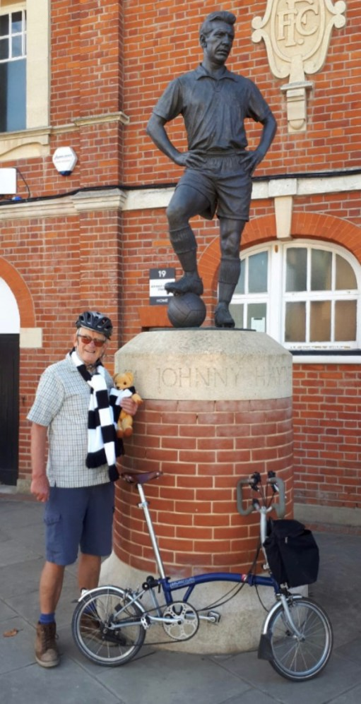 Statue of Johnny Haynes - 'The Maestro' outside Fulham Football Club.