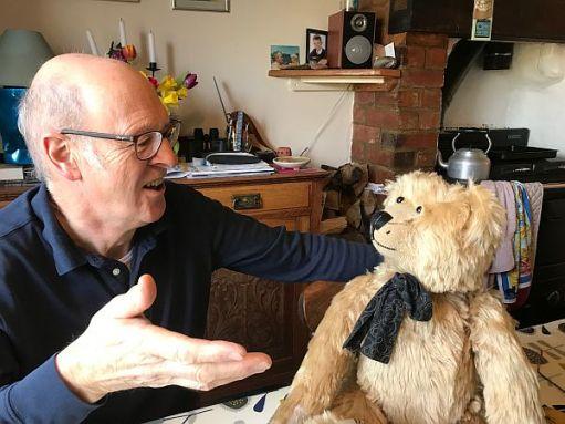 Chris and Bertie deep in conversation.