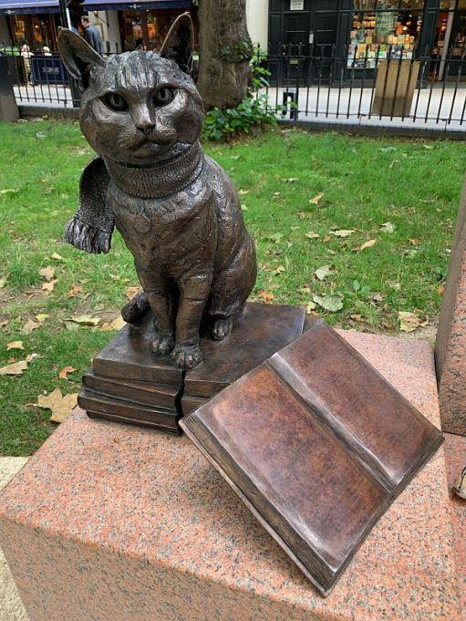 The statue of Bob.