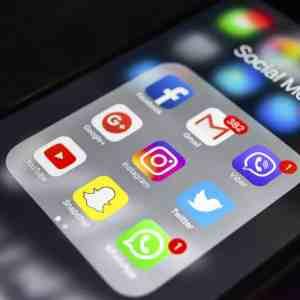 phone social media icons