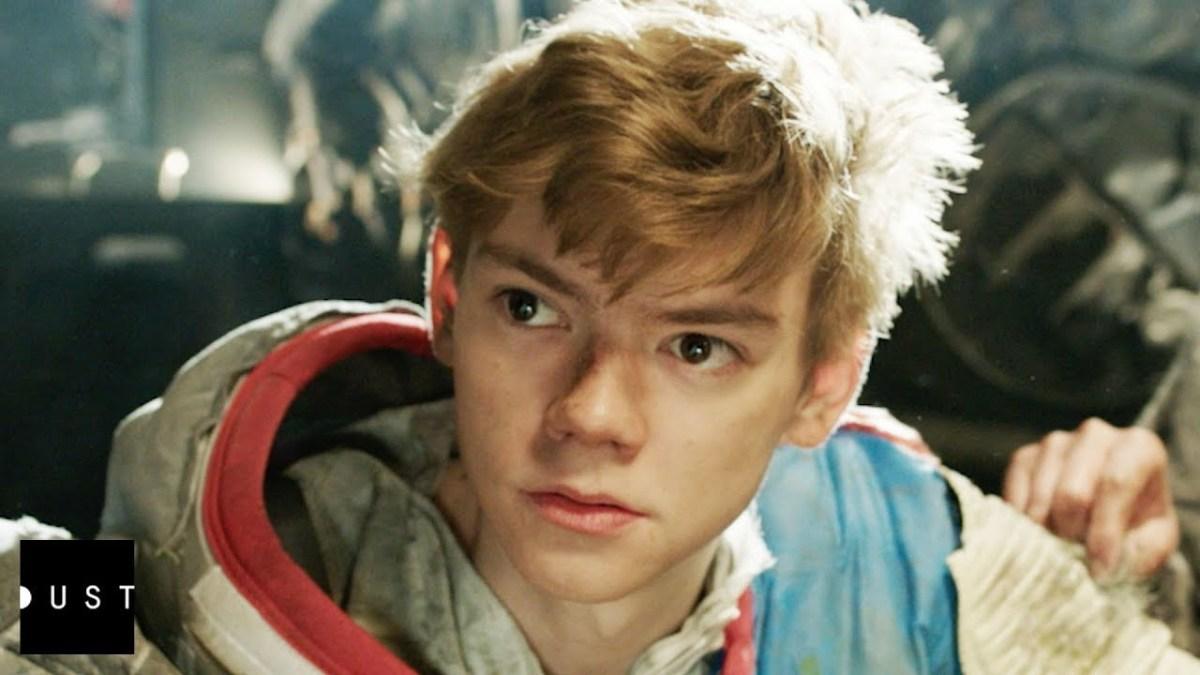 """Im Kurzfilm """"Orbit Ever After"""" verlieben sich zwei Teens ineinander, die aber leider in unterschiedlichen Raumstationen wohnen"""