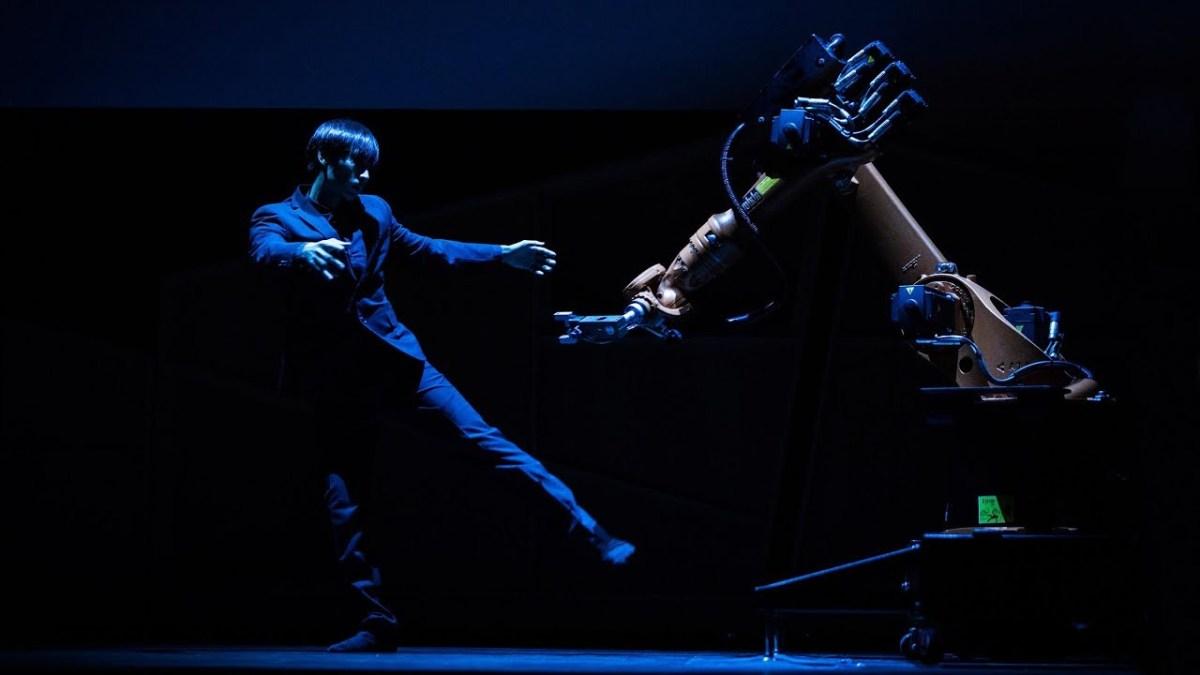 Tanzen mit einem Industrieroboter