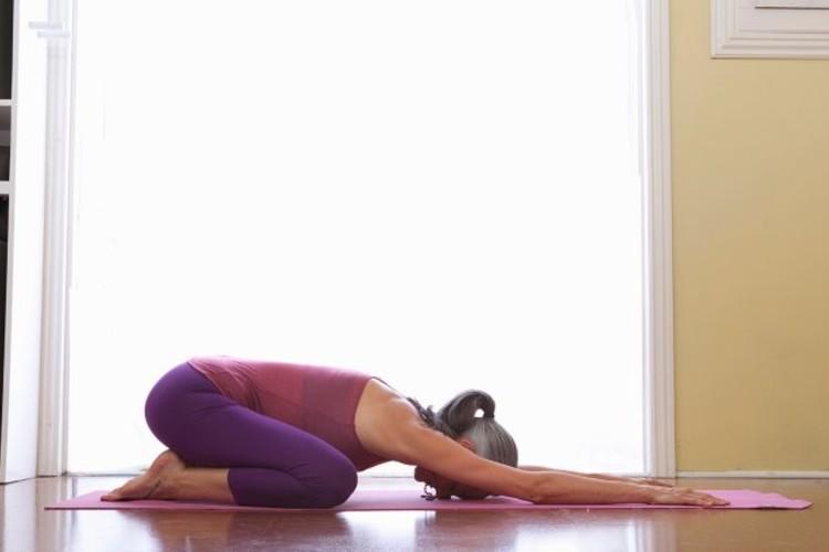 3 упражнения из йоги для идеальной спины картинки